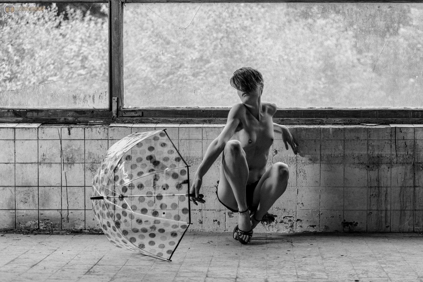 ella prien nackt